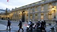 Drohne überfliegt Elysée-Palast