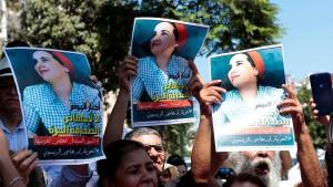"""Ein Jahr Haft für Journalistin wegen """"illegaler Abtreibung"""""""