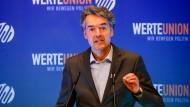 Der Bundesvoristzend der Werteunion Alexander Mitsch spricht bei einer Jahrestagung der Vereinigung am 15. Juni 2019.
