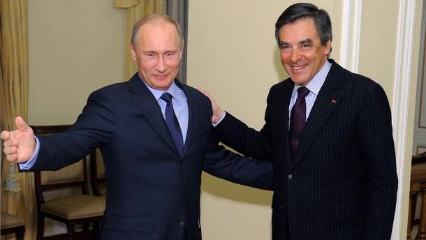 Frankreich und die helfende Hand aus Moskau