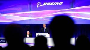Boeing-Chef erhält Rückendeckung von den Aktionären