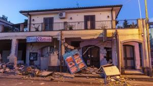 Ätna-Beben vertreibt Sizilianer aus ihren Wohnungen