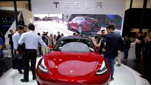 Tesla macht weitere Kehrtwende mit dem Model 3