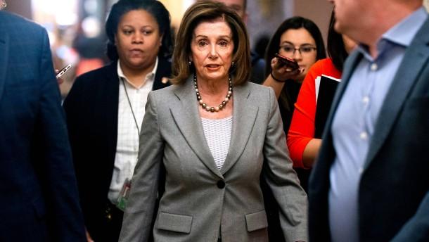 Pelosi will Weg für Amtsenthebungsverfahren gegen Trump freimachen