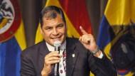Ecuadors Präsident Rafael Correa will nicht, dass eine Bundestagsgruppe mit Umweltaktivisten zusammenkommt.
