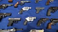 Facebook verbietet Nutzern Waffenhandel