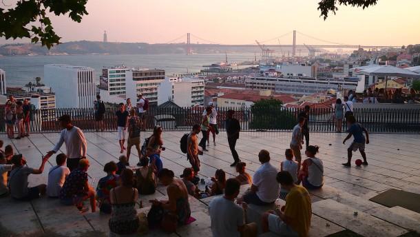 Wie der Eurovision Song Contest Lissabon schadet