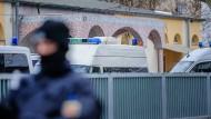 Im Februar kam es in einer Frankfurter Moschee wegen des Verdachts der Unterstützung einer Terrororganisation zu einer Großrazzia.