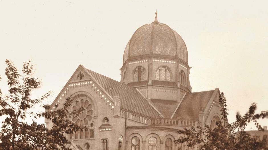Die Bornplatzsynagoge im Jahr 1910. Sie wurde 1939 abgerissen.