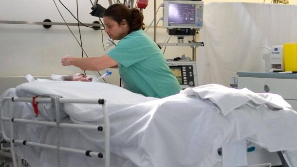 Mit Masterstudium ans Krankenbett