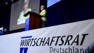 Merkel für neuen TTIP-Anlauf