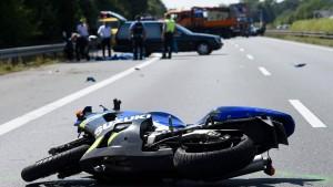 Motorradfahrer bringen sich oft selbst in Gefahr
