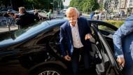 Verkehrsminister beordert Daimler-Chef zu sich
