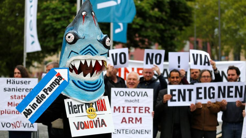 In der Debatte um steigende Mieten wurde auch die Forderung laut, Vonovia zu enteignen.