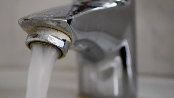 Leitungswasser besser als stilles Mineralwasser