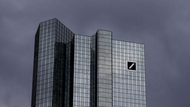 Deutsche Bank streicht 18.000 Stellen