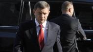 """Abhängig vom Gels aus Moskau: Der Regierungschef der """"Volksrepublik Donezk"""", Alexander Sachartschenko"""