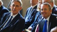 Der britische Finanzminister Philip Hammond (links) und der britische Handelsminister Liam Fox (rechts)