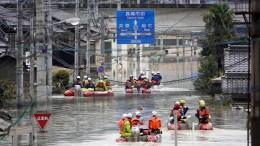 Über 100 Tote nach Fluten in Japan