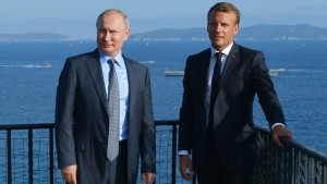 Macron lehnt bedingungslose Rückkehr Russlands zu G 7 ab