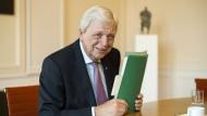 Rätselraten mit Volker Bouffier (CDU) in Wiesbaden