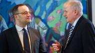 Die schärfsten Merkel-Kritiker: Gesundheitsminister Jens Spahn (l., CDU) mit Innen- und Heimatminister Horst Seehofer (CSU)