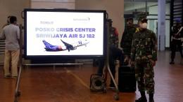 Behörde: Passagierflugzeug ist abgestürzt