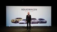 Wo Licht ist, da ist auch Schatten: Für Volkswagen und seinen Chef Herbert Diess geht es im Verfahren in Braunschweig um 1600 Einzelklagen.