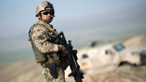 Bundeswehr soll länger in Afghanistan bleiben