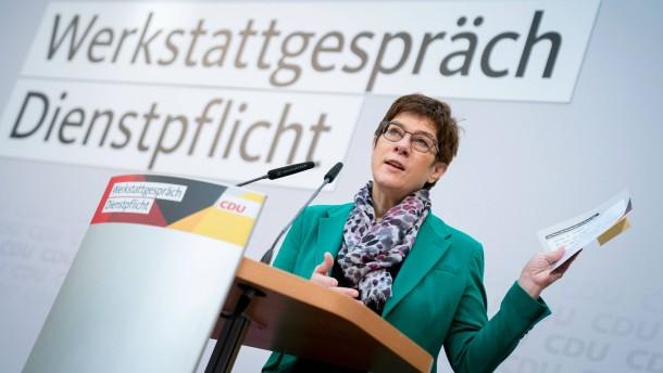 CDU debattiert über ein soziales Jahr