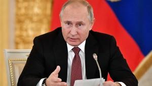 """Putin sieht Russland in """"feindlicher Konjunktur"""""""