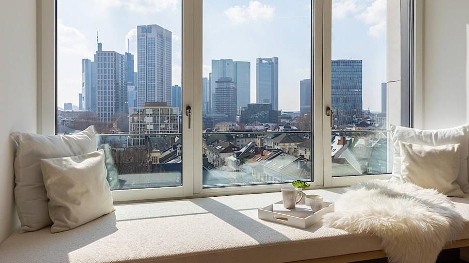 Blick auf die Skyline: Der Wohnungsmarkt in Frankfurt ist angespannt