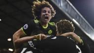 Chelsea obenauf: David Luiz feiert mit Teamkollegen das entscheidende Tor.