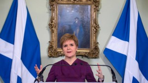 Sturgeon fordert schottisches Unabhängigkeitsreferendum
