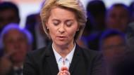 Frei erfundene Aussagen: Ursula von der Leyen während des Nato-Gipfels in Brüssel