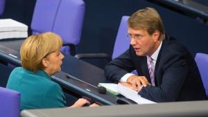 Pofalla: Habe Merkel nicht informiert
