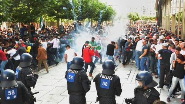 Anti-Israel-Parolen über Polizeilautsprecher verbreitet