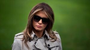 Führt uns Melania Trump an der Nase herum?