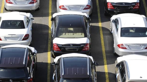 Europaeischer Automarkt von Krise bisher kaum betroffen