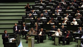 Ahmadinejad appeared in parliament for questioning on political a