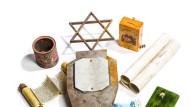 In Hohenems: Museumsexponate vom Beschneidungsinstrument bis zum Poesiealbum