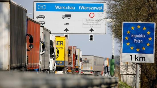 Volle Grenzübergänge, leere Städte