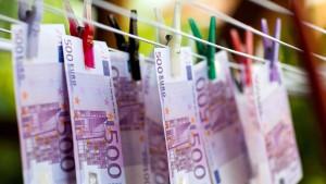 Scholz will härter gegen Geldwäsche vorgehen