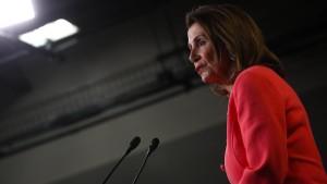 Pelosi wirft Justizminister Betrug vor