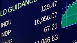 Dow-Jones-Index kurz vor 17.000 Punkten