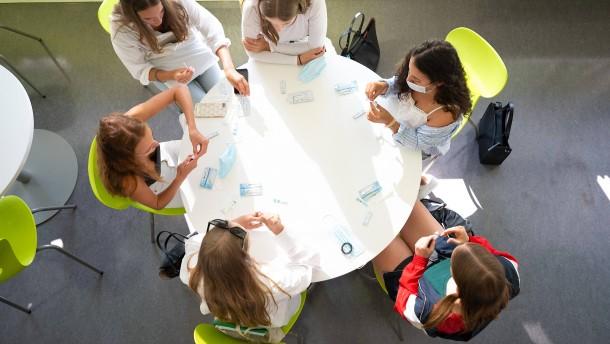 Ärzte und Lehrer uneins über neue einheitliche Quarantäne-Regelung