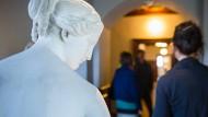 Nichts ist beim Poetry Slam in Stein gemeißelt. Auch wenn er in der Skulpturensammlung im Frankfurter Liebieghaus stattfindet.