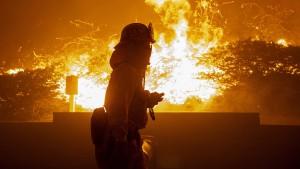 Brände im Süden - Kein Strom im Norden