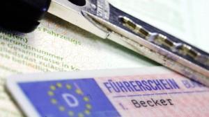 Fahranfänger verliert Führerschein nach 49 Minuten