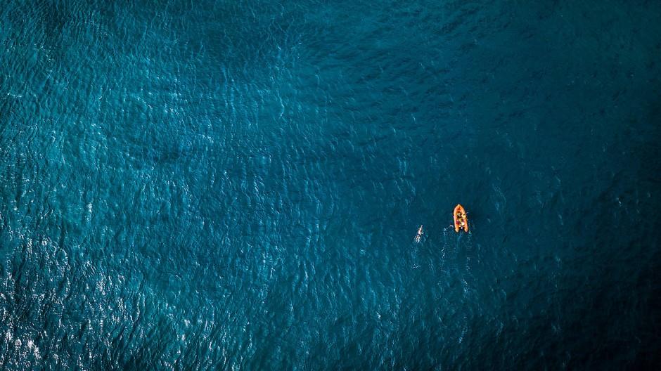 Unterwegs im Ozean: Zwischen 22.000 und 35.000 Schwimmzüge absolvierte André Wiersig auf seinen Strecken.